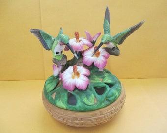 Vintage Hummingbird  ceramic potourri lidded dish