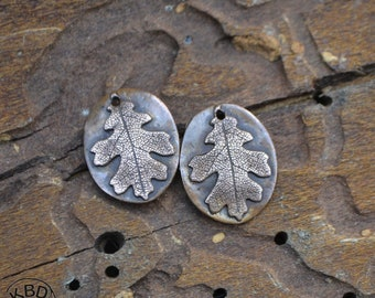 Copper Embossed Finely Textured Oak Leaf Oval Component #193 (1 pair)