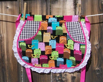 Colorful Cats Retro Half Apron with Lace - Multi Color Cat Apron - Girl Size 5 to 6