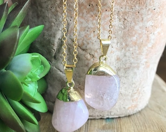 Rose Quartz Necklace // Tumbled Rose Quartz // Rose Quartz Pendant // Light Pink Rose Quartz // Rose Quartz Crystal //Gold Rose Quartz