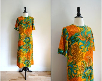 Vintage Hawaiian print maxi dress / orange and blue short sleeved long mod beach style dress