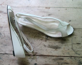 White Leather Open Toe Slingback Shoes // Cutout Summer Wedges Size 9.5