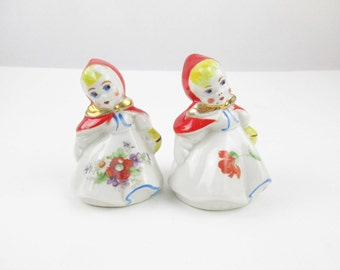 Sweet Hull 'Little Red Riding Hood' Salt and Pepper Shakers - Baskets - Tilted Heads - Collectible