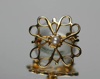 Vintage 9ct YG and Pearl Pin