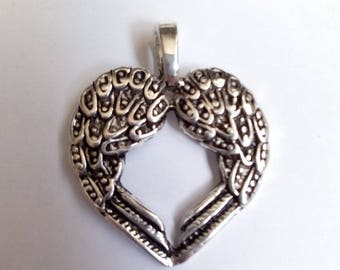5 hearts 30x24mm silver wings charm