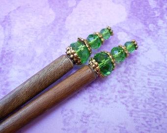 sale - Leaf-light - green glass and gold hair sticks