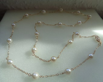 Gold chain, 585 silver, long, with Akoya pearls