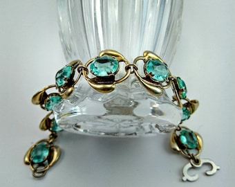 Vintage Faceted Aquamarine and Gold Link Bracelet -117V
