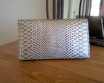 FAUX SNAKE LEATHER CHECKBOOK