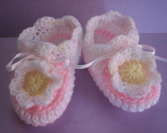 Tea Tree Booties - crochet patterns