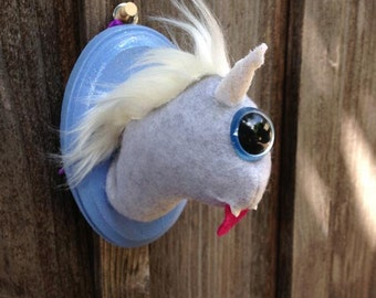 Magical Gray & Blue Cyclops Uniworm Head Mount