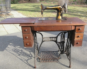 1924 Singer Treadle Sewing Machine In Cabinet Spinx Gold Decals 17Attachmts AS IS **Shipping is NOT Free.Contact us for a shipping quote**