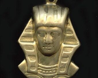 King Tut pharoah stamped solid brass charm.27x17mm. 4 pcs. b9-2046(e)