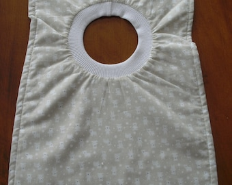 Tan and white little polar bears pullover bib for baby or toddler