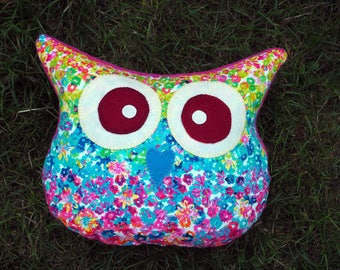 OWL-OWL pillow hand embroidered, 32x38cm approx, small spots in shades of blue green yellow orange impressionist style