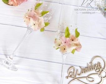 Hydrangea wedding champagne glasses set Champagne flutes bridesmaids Champagne wedding flutes  Bridal party flutes Toasting flutes wedding