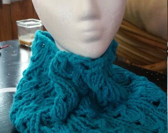 Cozy Cowl in Turquoise