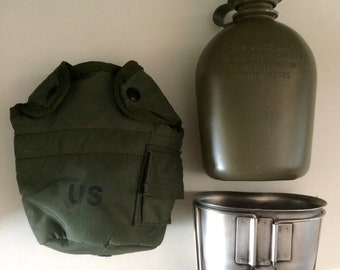 Vintage United States Military Canteen Three Piece Canteen Set Militaria