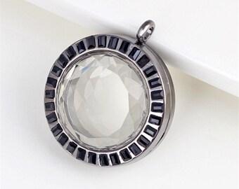 Black floating locket, Facted Glass Locket, Memory Locket, Floating Lockets With Facted Black Crystals