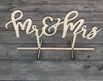 Mr & Mrs Table Top Wedding Sign, Sweetheart Table Sign, Mr and Mrs, Bride and Groom, Head Table, Kings Table, Laser Cut, Wood