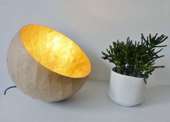 Lampe Tischleuchte Kraft und Pappmaché