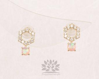 E317-G-PK / / hexagone cubique plaqué or avec boucle d'oreille de poteau d'argent 3mm opale rose, 1paire