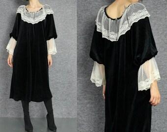 black velvet romantic midi dress  S M