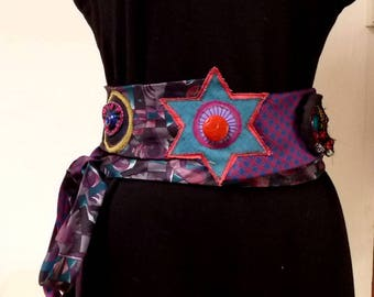 silk tie at the waist or hips belt