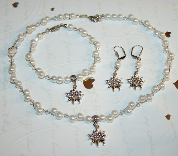 Pearl Dirndl Jewelry Set