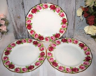Royal Albert - Old English Rose - Dinner Plates (3)