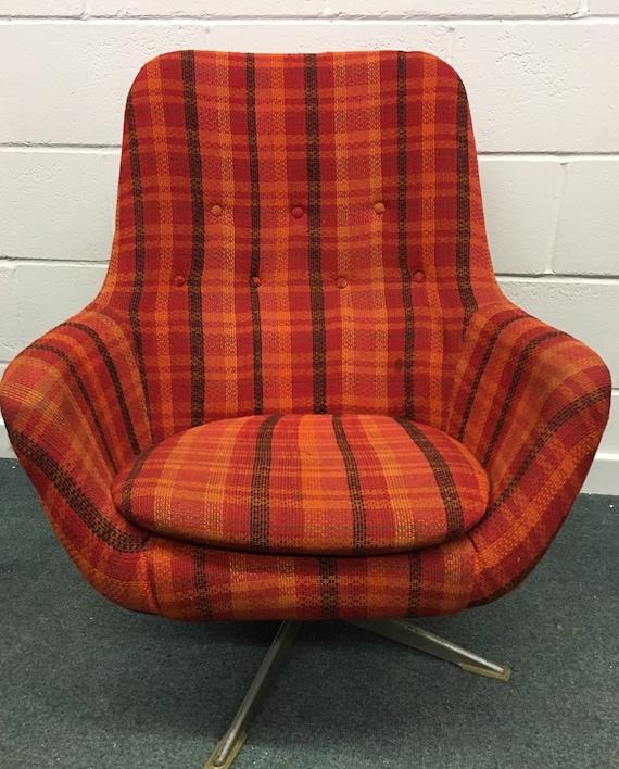 Marvelous Vintage Swivel Egg Armchair Mid Century Retro Chair Check