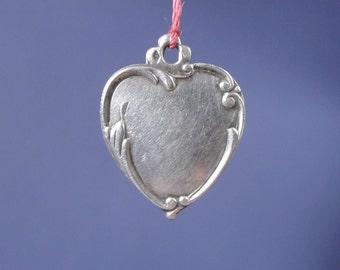 "Floral Design Heart Sterling Silver Vintage Pendant on 18"" sterling rolo chain"