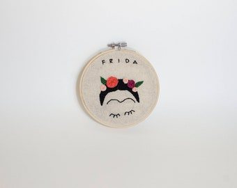 Frida Kahlo Embroidery Hoop - Wall Art - Frida Art - Personalized Gift - Mexican Artist