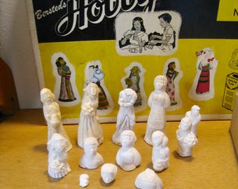 Vintage plaster figures. Bersted's Hobby Craft Mold and Color Kit 51 box with many molded figures. Vintage Mid-Century toy craft figurines
