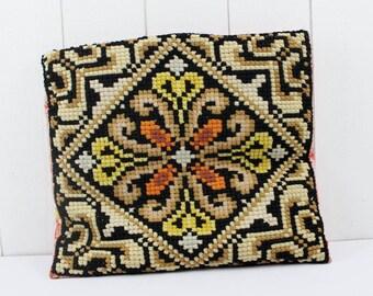 Decorative Pillows Vintage - Needlepoint Pillow, French Pillow, Embroidered Pillow, Vintage Pillows, Handmade Pillows, Pillow Covers 16 x 16