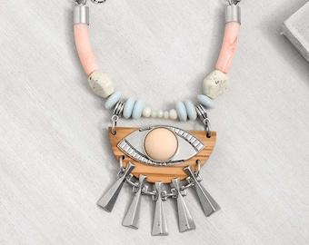 statement necklace // Pendant necklace // boho necklace // boho fashion // The Fifth Eye Necklace