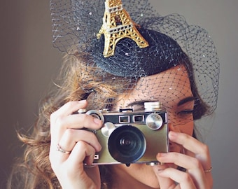 Eiffelturm, schwarzer Fascinator Hut, Paris, Derby Hut, Partei Hut, Kentucky Derby Hut, Royal Ascot Hut, Conservancy Mittagessen Hut, Art F-57
