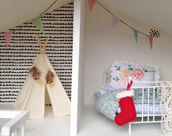 Teeny Tiny Teepee tent, Mini Teepee, Dolls teepee tent, Miniture play teepee, mini tipi, Little Teepee,