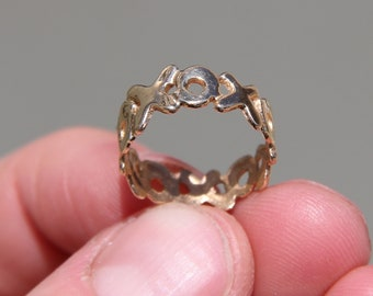 14K 585 14K 585 solid yellow gold XOXO love HUGS KISSES band ring from '90S