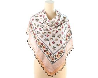 Floral Cotton Scarf Vintage 70s Boho Scarf Lightweight Shawl Crochet Lace Trim Summer Scarf White Beige Flower Print Large Neck Scarf