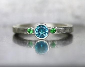 Paraiba Topaz Tsavorite Garnet Engagement Ring Silver Vibrant Genuine Blue Green Gemstone Bridal Tropical Rainforest Wedding - Tropenwald