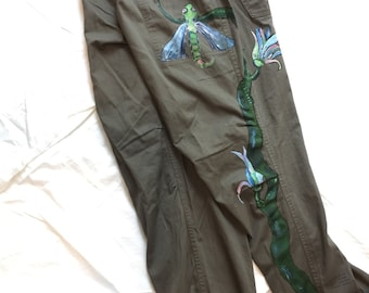 Trousers jogging style olive flower Dragonfly illustration size M / L MadeByMySister3