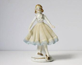 Vintage Ballerina, Gift for Dancers, Ballerina Figurine, 50s Japan Ballet Dancer, Porcelain w Stiff Net Ballerina Figurine, Dancer