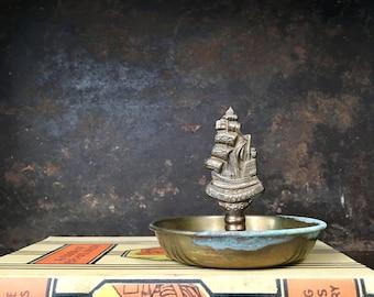 Vintage Brass English Ship Galleon Nautical Revenge 1588 Sea Mariner Dish Tray Bowl
