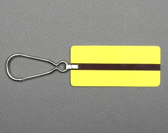 Vintage 1980s Parisian subway ticket shaped key ring, Yellow plastic, Antique French souvenir, Old RATP Ticket chic Ticket choc, Collectible