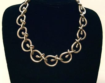 VINTAGE RETRO Sterling silver necklace, snake loops. Marked.