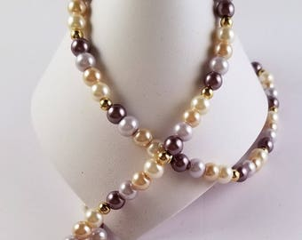 Glass Pearls And Gold Plated Beads Necklace