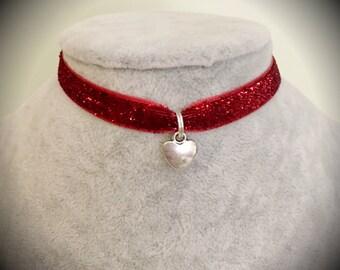 Disney Alice in Wonderland Queen of Hearts Red Glitter Velvet Choker Necklace