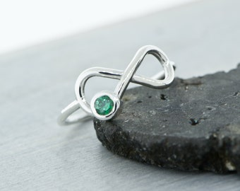 Emerald Ring, May Birthstone Ring, Infinity Ring, Green Gemstone Ring, Emerald Jewelry, May Birthstone Jewelry, May Birthday Ring