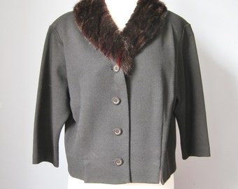 Fur Collar Cardigan / Vtg 50s / Berkshire Black Wool Cardigan with Fur Collar / Size Large